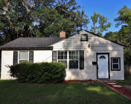2542 Wilcox St, Southside, 32207